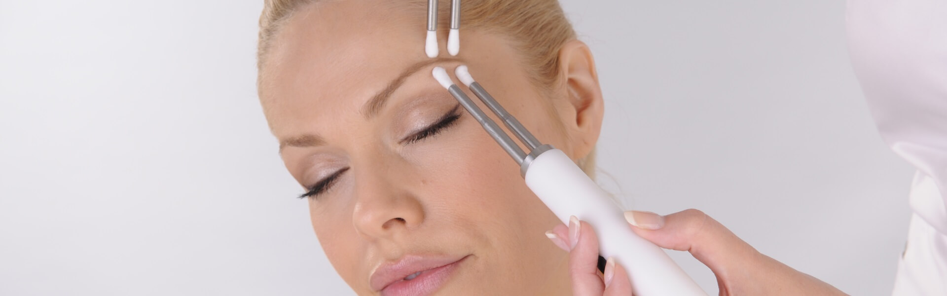 CACI Non-Surgical Lift